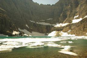 Iceberg Lake Hiking Guide - Glacier National Park