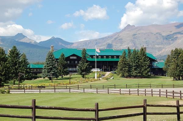 glacier park lodge and hotel