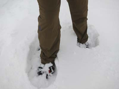 snowshoeing in crester pants2